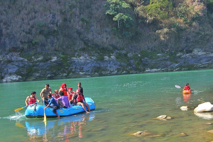 Day Rafting at Trishuli Full fun thrilling adventure