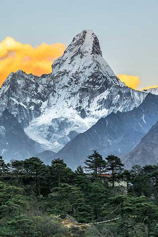 Mount Everest Luxury Trek