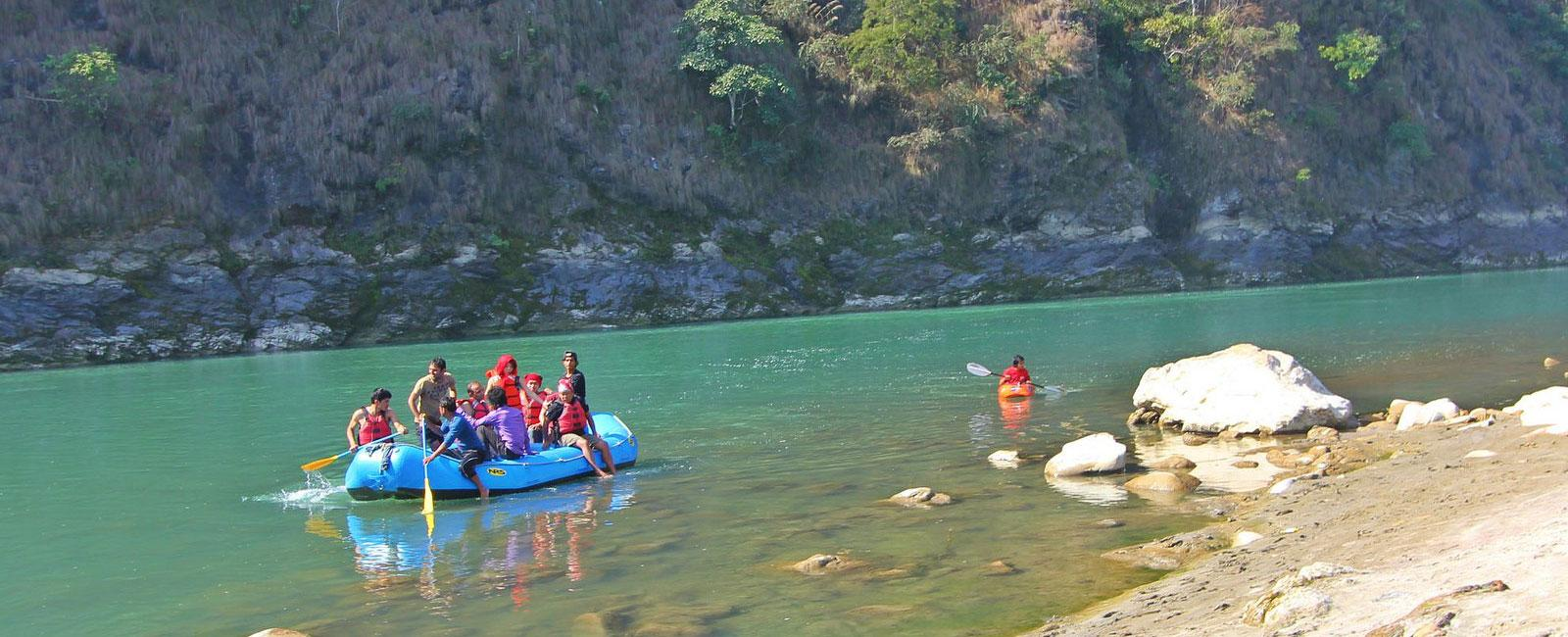 A day Rafting at Trishuli