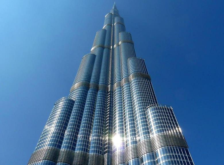Burj Khalifa- 8 Asia's must visit place in 2018