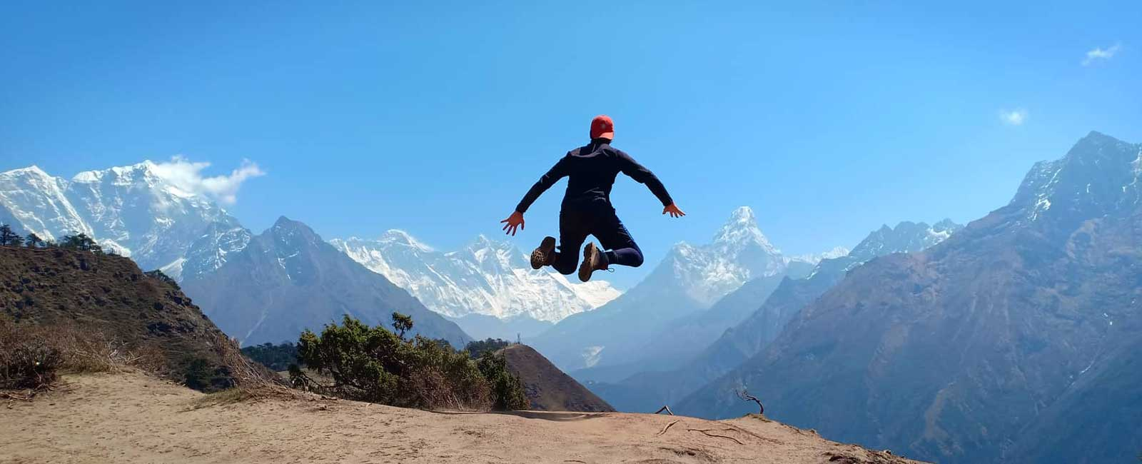 10 Days Everest Base Camp Trek for Experienced Hikers